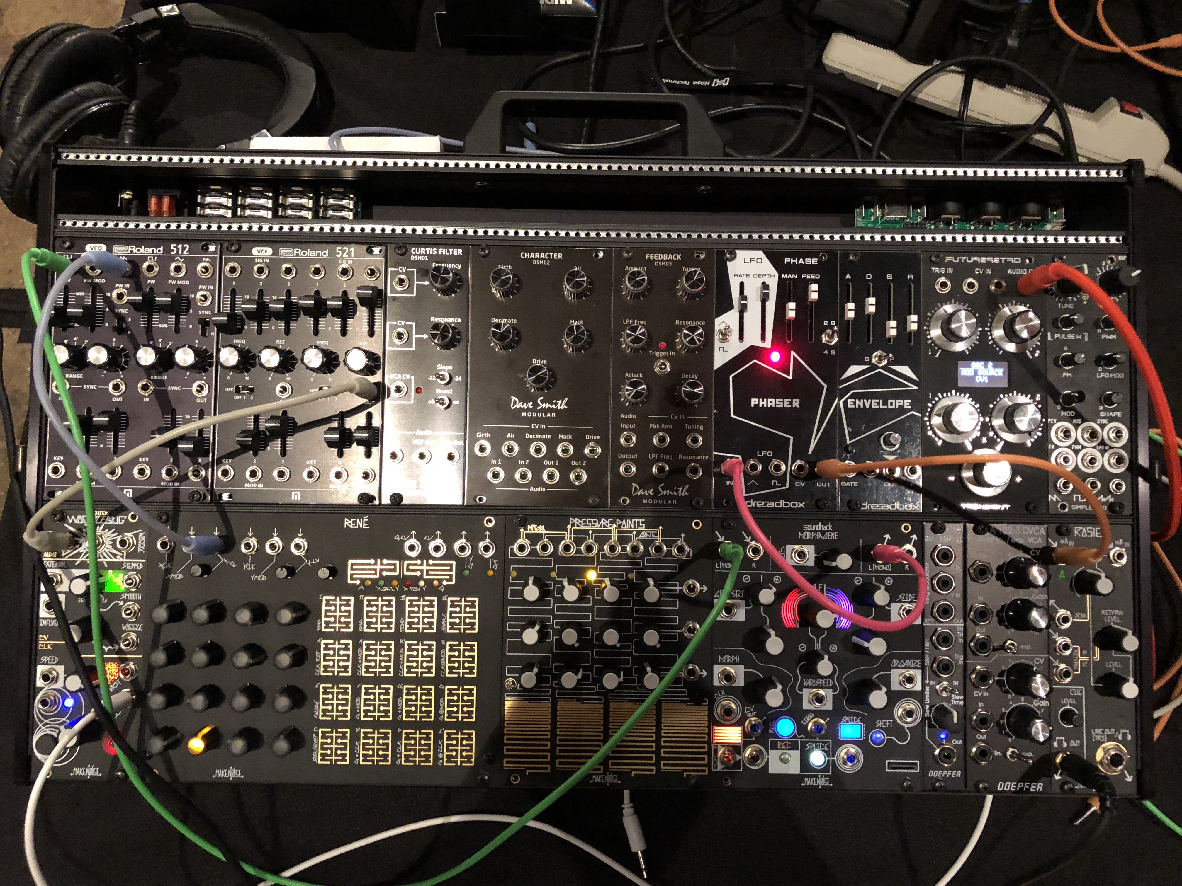 Heinrich's Pics from the 2017 Brooklyn Synth Expo   Audio